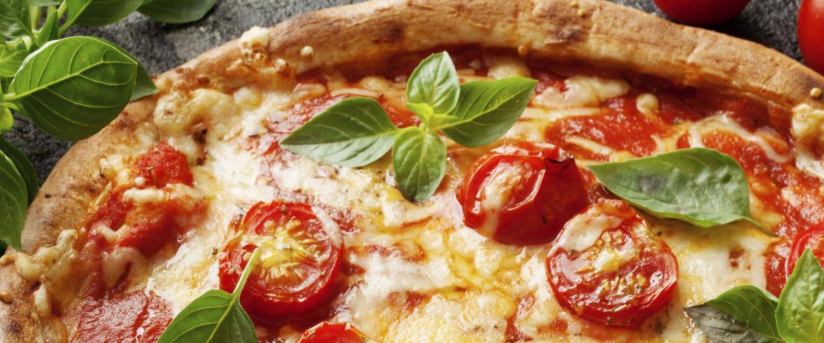 Slide for Pizza Inn a Pizza Restaurant & Takeaway in Wembley